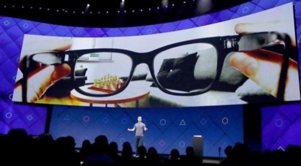 """فيس بوك تعتزم إطلاق نظارات ذكية من ماركة """"راي بان"""""""
