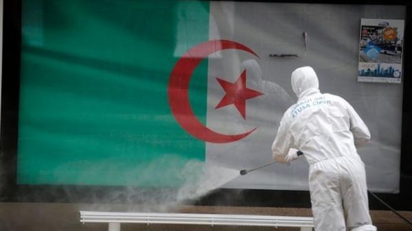 """الوضع الصحي """"المأساوي"""" بالجزائر هو نتاج غياب رؤية استباقية لدى السلطات العمومية"""