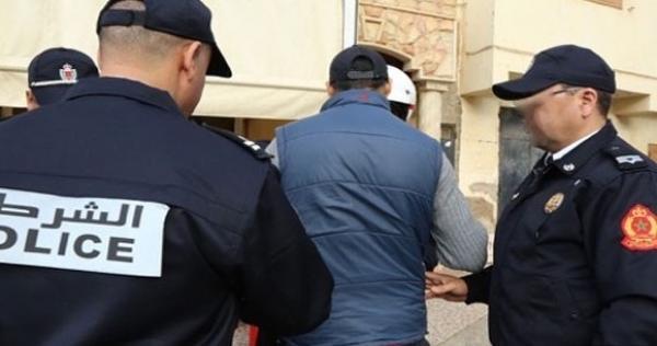 """الأمن يعتقل خمسينيا يعمل ممرضا بتهمة """"الوشاية الكاذبة"""" وإهانة موظفين عموميين بجهاز الأمن الوطني - تفاصيل مثيرة!-"""