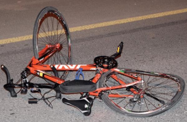 هكذا أنهت سيارة حياة مهاجر مغربي خمسيني كان يقود دراجته الهوائية بإيطاليا