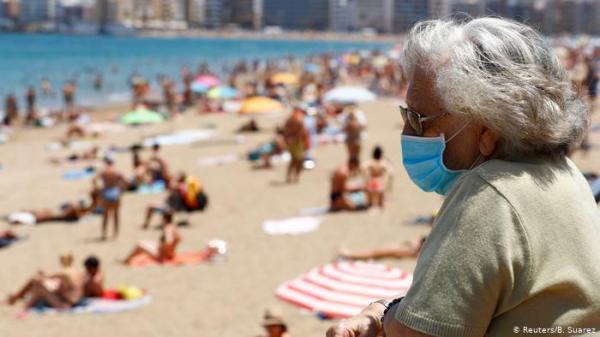 رفع تدريجي لقيود كورونا: عودة مظاهر الحياة الطبيعية لأوروبا
