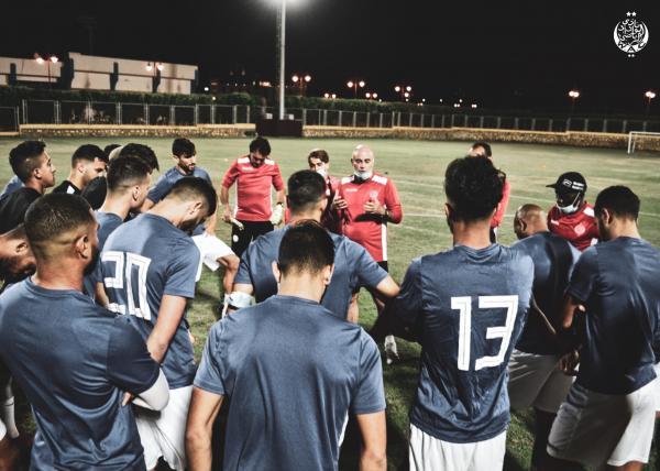 الوداد البيضاوي يُحيل لاعبين على اللجنة التأديبية بعد الإقصاء أمام الأهلي