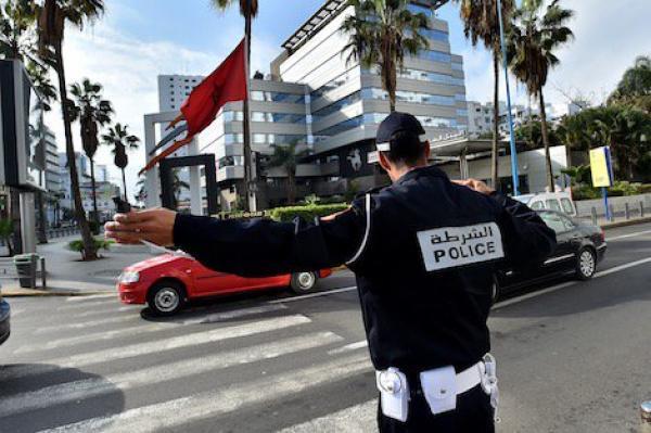 أكادير: سيارة مجنونة تدهس شرطيين وتلوذ بالفرار