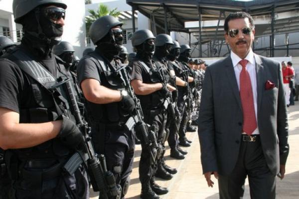 """مدير """"إف بي أي"""" المغرب يؤكد: دول كبرى تستعين بالخبرات الأمنية المغربية والجزائر تتعنت"""