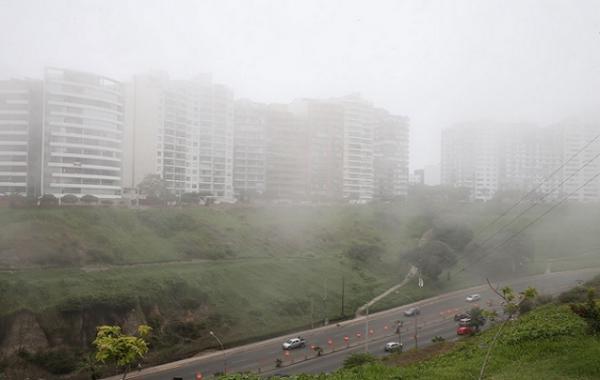 ليما، العاصمة اللاتينية التي لا يزورها المطر إلا رذاذا
