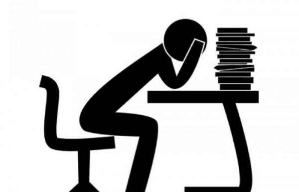 احذروا...إجهاد العمل يزيد فرص الإصابة بالسرطان