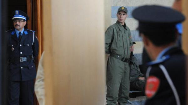 """القبض على شرطي """"مزور"""" نصب على مغاربة وأجانب في مبالغ كبيرة ..وهذه الحيلة التي استعملها"""