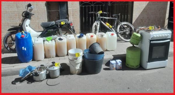 إعداد ورشة لتقطير مسكر ماء الحياة يقود إلى اعتقال 3 أشخاص بمدينة بني أنصار