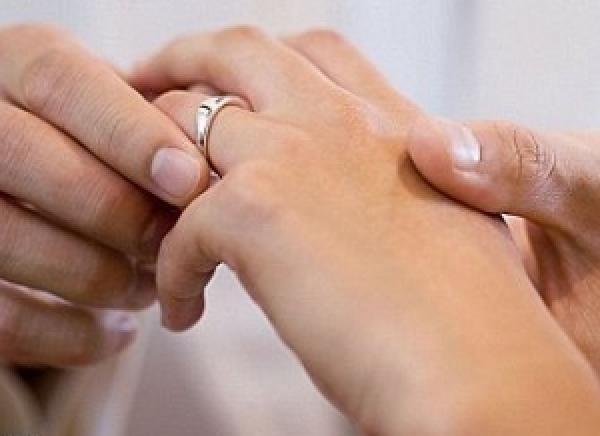 وفاة عروس مغربية قبل أسبوع من زفافها..بطريقة صادمة!