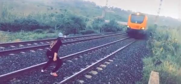 """مكتب """"الخليع"""" يدخل على الخط في حوادث اعتراض """"مغامرين"""" شباب للقطار"""