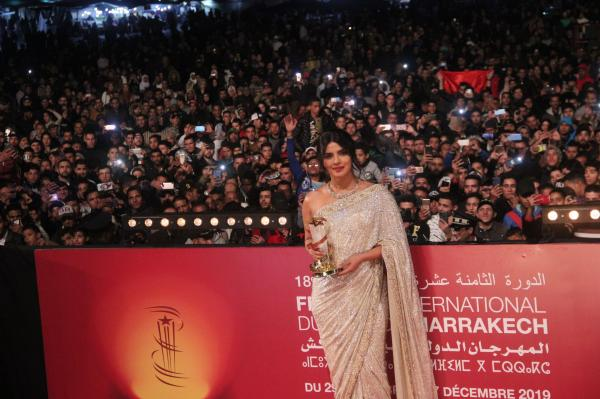 """تكريم إستثنائي للنجمة الهندية """"بريانكا شوبرا"""" في """"جامع الفنا"""" (فيديو+صور)"""