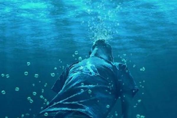 """مأساة...هكذا تسببت نوبة """"صرع"""" في وفاة فلاح عشريني غرقا بساقية مائية"""