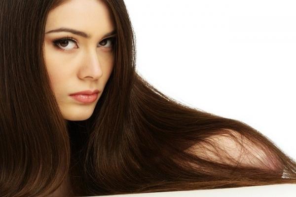 طريقة طبيعية للحصول على شعر حريري
