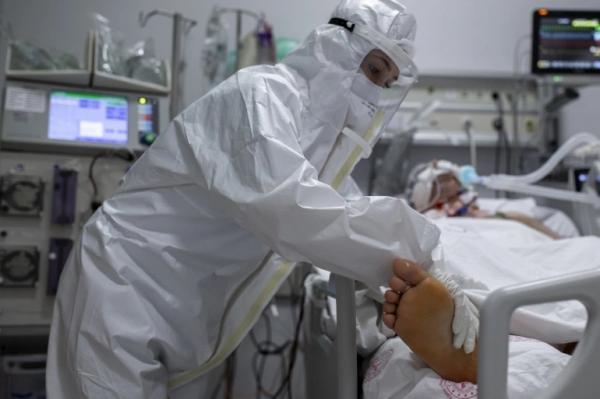"""ارتفاع حالات الإصابة الخطيرة ب""""كورونا"""" إلى مستوى مقلق يدق ناقوس الخطر في المغرب"""
