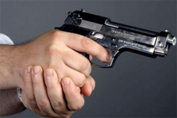 """برافو...رجال """"الحموشي"""" يطلقون النار على مجرم خطير بالعيون حاول الاعتداء على المواطنين"""