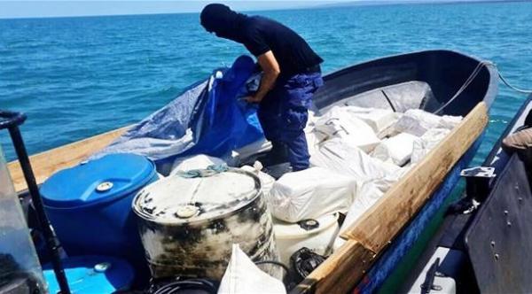 الحمد لله...حجز كمية ضخمة جدا من الكوكايين الخالص على متن سفينة قبل وصولها إلى المغرب