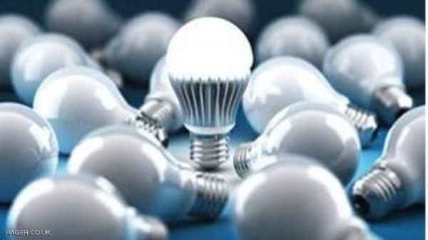 ردوا بالكم: مصابيح الضوء الأزرق تشكل خطرا كبيرا على صحتك