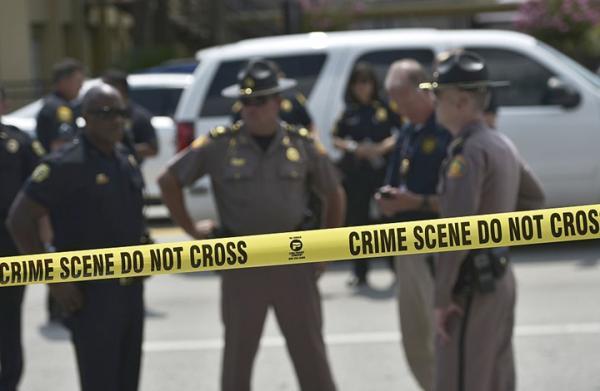 """من يكون """"السعودي"""" الذي قتل ثلاثة جنود أمريكيين بقاعدة فلوريدا؟"""