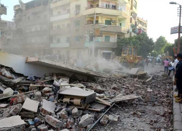 انهيار عقار بالاسكندرية يودي بحياة 5 أشخاص
