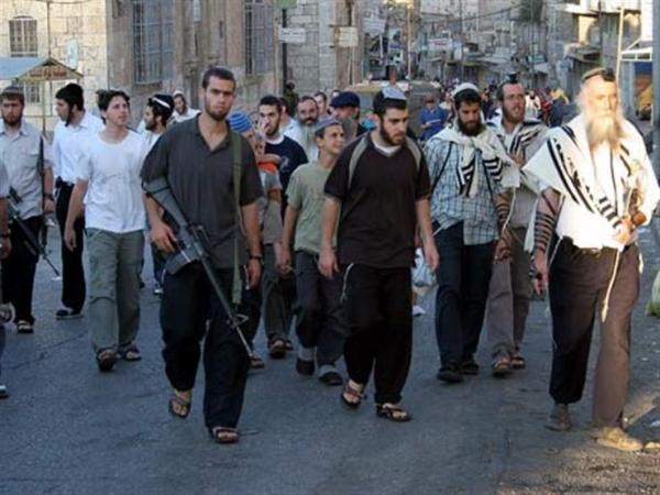مستوطنون يهاجمون مدرسة فلسطينية شمال الضفة الغربية