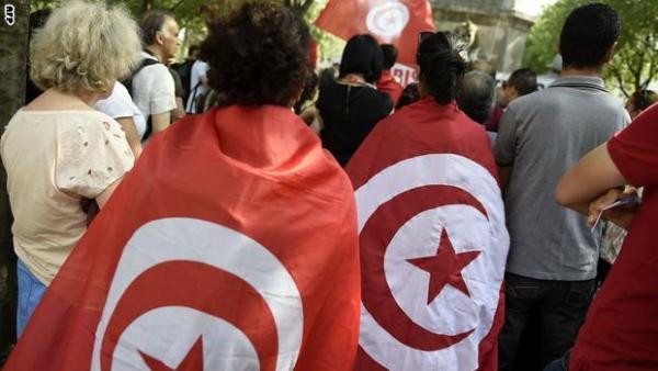 26 مرشحا للانتخابات الرئاسية المبكرة بتونس