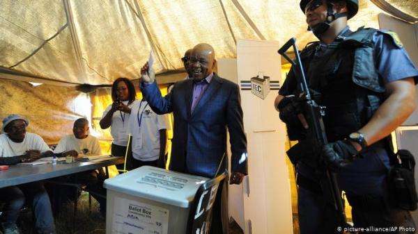 رئيس وزراء ليسوتو يوافق على الاستقالة بعد اختفاء زوجته بصورة غامضة