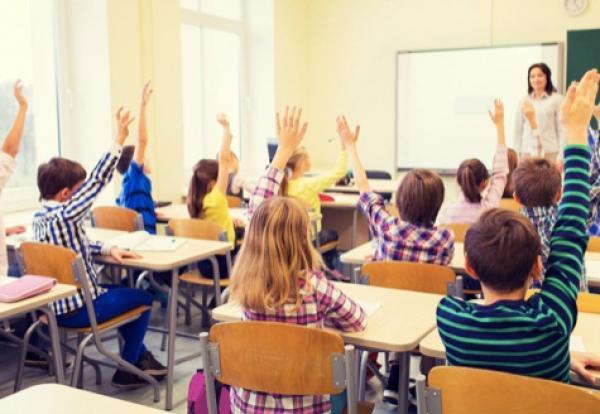 تلميذة تتعرض لبتر اثنين من أصابع يديها داخل مؤسسة تعليمية خاصة بمرتيل