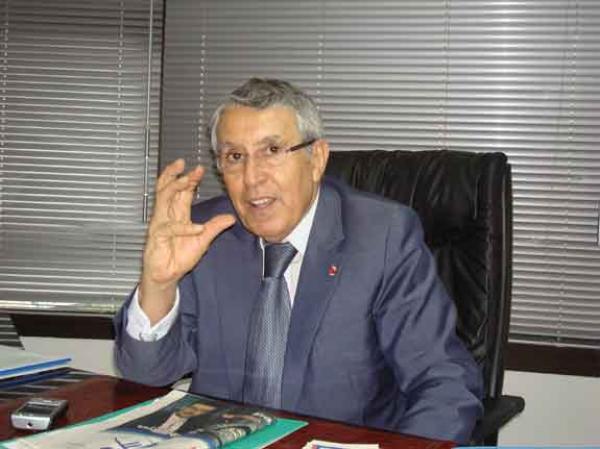 """الوزير السابق """"محمد بن عيسى"""" مجددا رئيسا لجماعة أصيلة"""