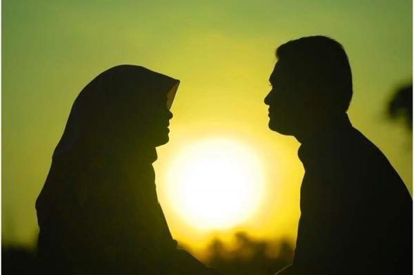 الفرق بين المرأة والزوجة في القرآن