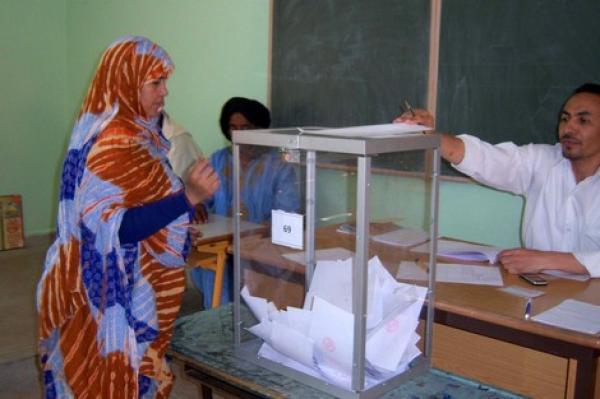 """هل يدفع هاجس """"المقاطعة"""" الحكومة إلى فرض التصويت الإجباري في الانتخابات المقبلة؟"""