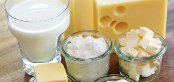 الحليب ومشتقاته درع واق للقلب.. لكن تجنب الزبدة!
