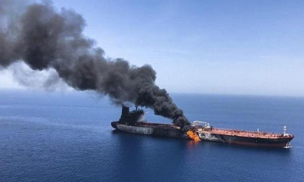 في تصعيد خطير...طائرة إيرانية تهاجم سفينة إسرائيلية وتقتل عضوين بطاقمها قبالة سواحل عمان