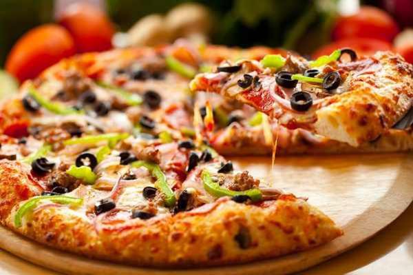 الطريقة المثالية لإعداد بيتزا بشكل احترافي