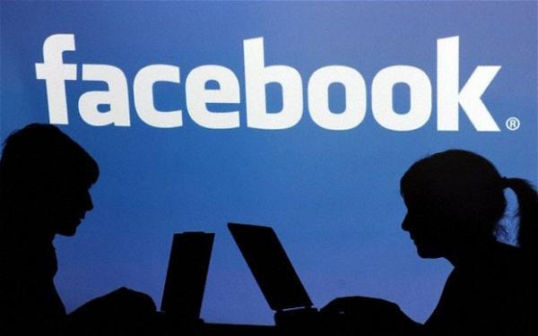 """لم تستطع النشر على """"فيسبوك"""" و""""إنستغرام"""" .. تعرف على السبب!"""