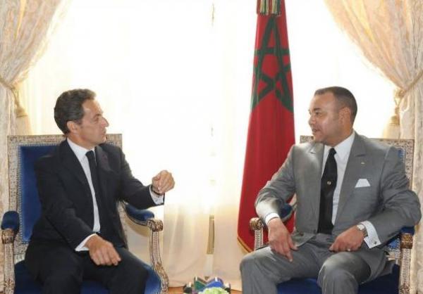 """ساركوزي: الملك محمد السادس """"ذكي ولطيف"""" وبوتفليقة كان يعاتبني بسبب المغرب"""