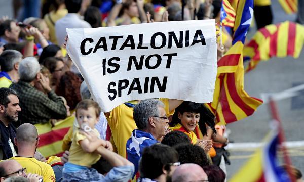 عقوبات سجنية يصل بعضها إلى 13 سنة في حق القادة السابقين الداعمين لانفصال كتالونيا