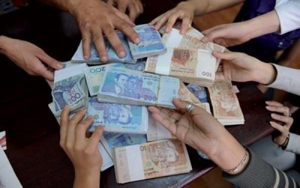 الحكومة تقترح اليوم مبلغ الزيادة في الأجور بموازاة هذا الإجراء الضريبي