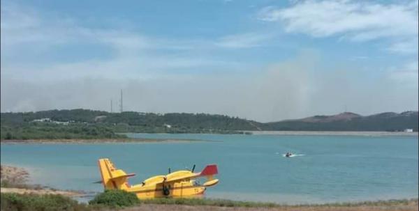طائرة إطفاء تتعرض لحادث عند مساهمتها في إخماد حرائق ضواحي مدينة تطوان