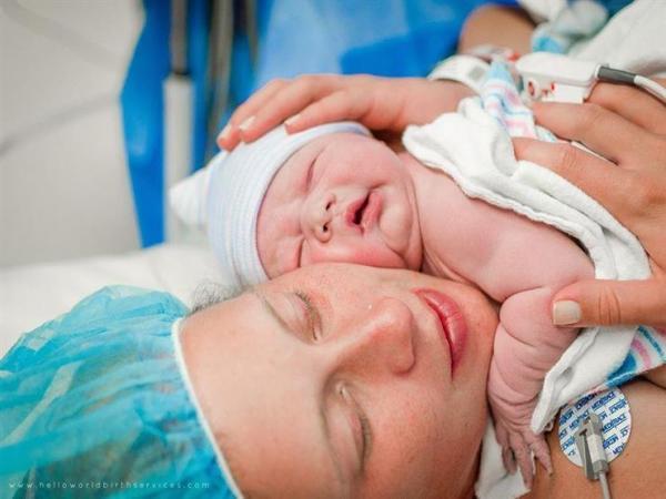 الأطباء في قفص الاتهام...أرقام صادمة تفضح تهافتهم على عمليات الولادة القيصرية