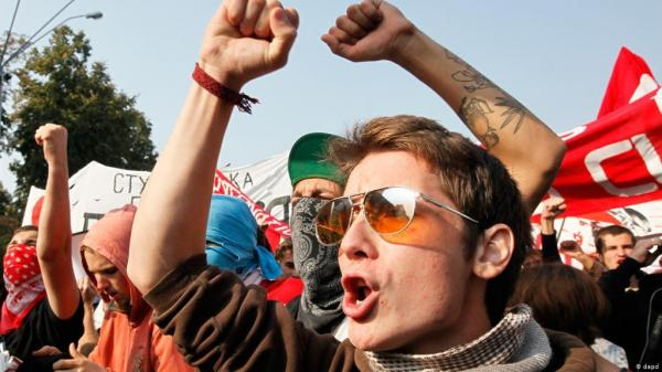 الخطاب الديني في مواجهة تمرد الشباب