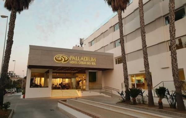 """""""إلياس العماري"""" ينقل أمواله إلى إسبانيا ويفتتح اليوم فندقا فخما بـ""""ماربيا"""""""