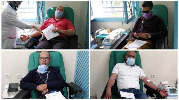 """بالفيديو: شيفورات طاكسيات يتبرعون بالدم ونقابي يقول :"""" ماساهمناش ماديا ولكن ساهمنا بأعز حاجة للوطن لي هو الدم"""""""