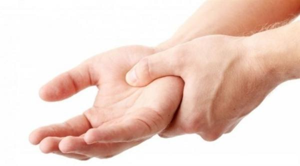 علامات تكشف إصابتك بمرض تصلب الجلد
