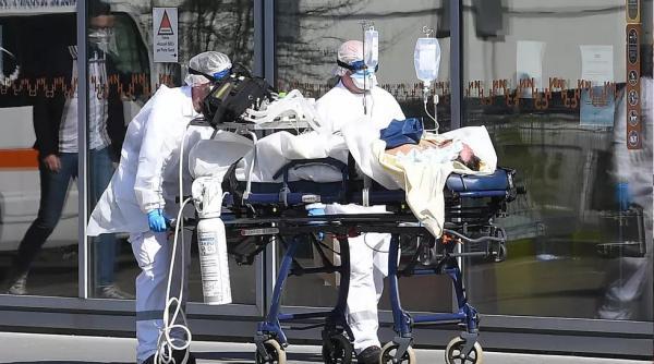 يوم مرعب في فرنسا.. تسجيل أكثر من 11 ألف إصابة مؤكدة بفيروس كورونا و1417 وفاة جديدة