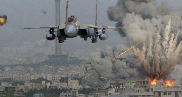 الطيران الحربي الإسرائيلي يجدد قصفه لمواقع في قطاع غزة
