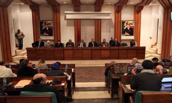 خلافات بين الأغلبية والمعارضة تعصف بأشغال دورة مجلس جماعة الرباط
