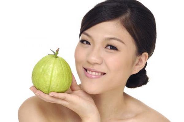 فاكهة لها فوائد سحرية للنساء