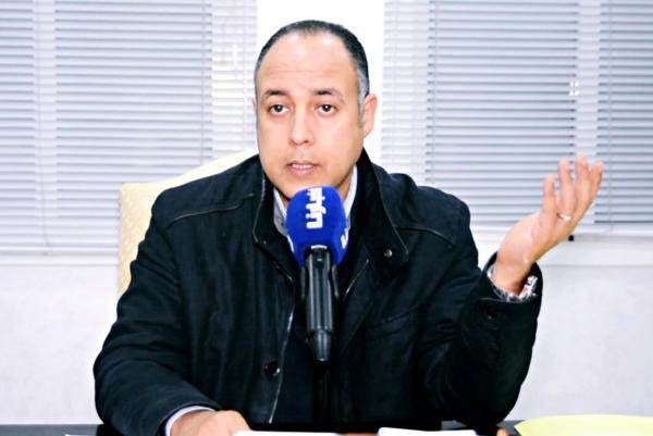 """هل """"يجبر"""" المغاربة على التصويت خلال انتخابات 2021 ...""""عادل بنحمزة"""" يوضح"""