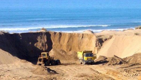 وزارة الطاقة ترد على الجدل بشأن مشروع جرف رمال البحر بالعرائش