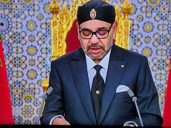 الملك محمد السادس يدعو للاستعداد لموجة ثانية محتملة من فيروس كورونا ويحذر المغاربة